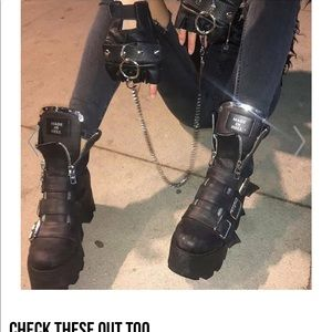 Shoes - Sexy black boots